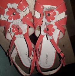Sandalele Unichel