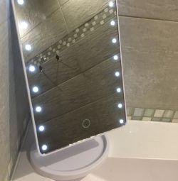 Καθρέπτης γραφείου με φωτισμό