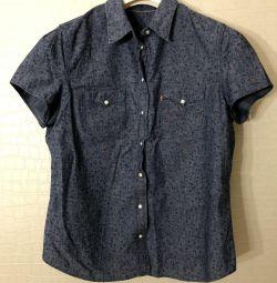 Το πουκάμισο του Levi