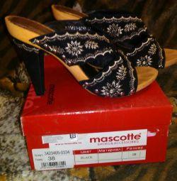 Sandals Mascotte