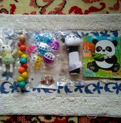 Комплект детских игрушек 6шт+1шт