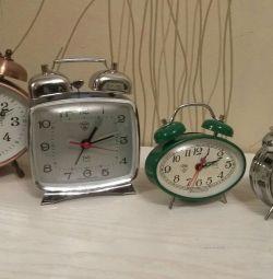 Ceas cu alarmă ritmică mecanică