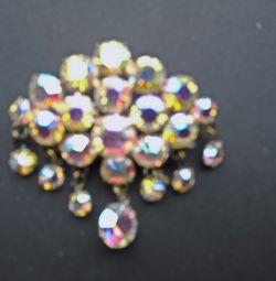 Καρφίτσα με μενταγιόν από τσέχικο γυαλί (23 πέτρες).