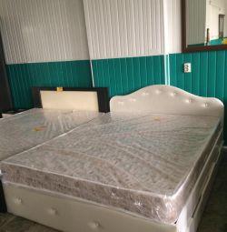 Кровать новая.