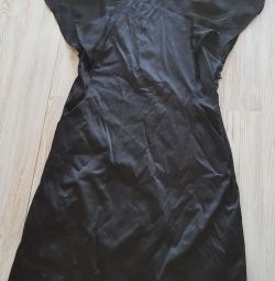 Φόρεμα που χρησιμοποιείται 42-44