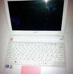 4 Нетбук Acer Aspire One happy2