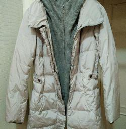 Down jacket / parka.