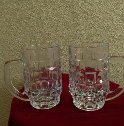 2 cani pentru bere de cristal