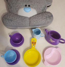 βαλίτσα, παιδικά πιάτα, παιχνίδια