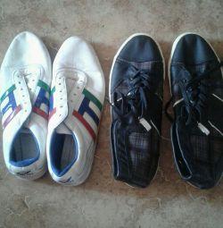 Men's shoes 45 size.