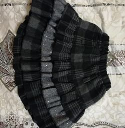 Skirt for 2-4 years