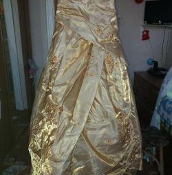 İtalya'dan elbise