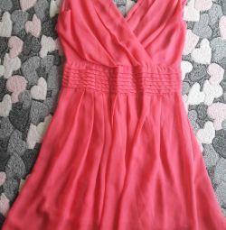 Розовое лeгкое платье