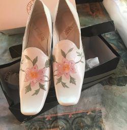 Pantofi din piele 38 soluție nouă