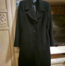 Μαύρο κλασικό παλτό