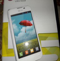Телефон LG- Е455