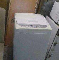 Продам стиральную машину Дэо
