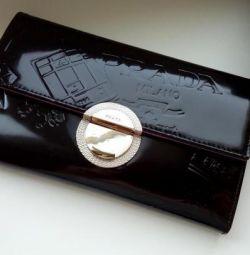 Πορτοφόλι από γνήσιο δέρμα PRADA Tessuto Sport