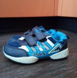 Кроссовки на мальчика размер 31