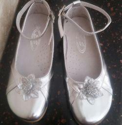 New elegant shoes