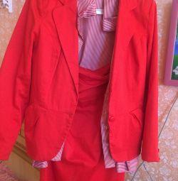 Suit + shirt