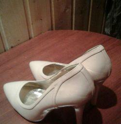 Pantofi