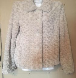 Fur coat up to 50r