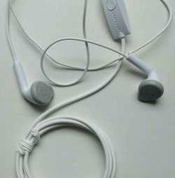 Original headphones from Samsung phone