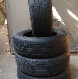 Set de anvelope 185 \ 65-15 Bridgestone B 650A