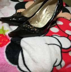 Продам туфли,38 размер