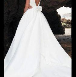 Весільні сукні. Атлас. нові