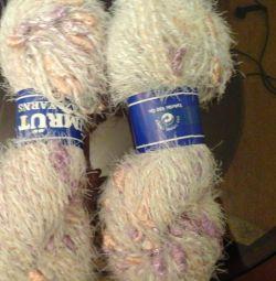 Turkish yarn
