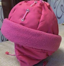 Kızlar için kışlık şapka