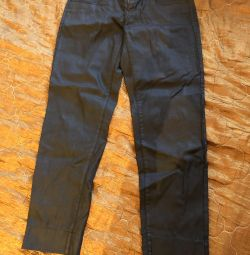 Mango, брюки чeрные типа джинс, р-р 42-44