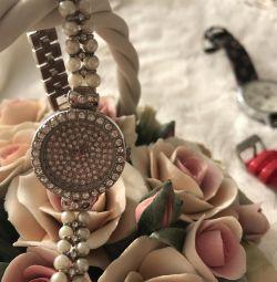 Ceas drăguț pentru femei cu perle