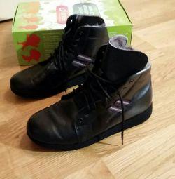 Χειμερινά χαμηλά παπούτσια