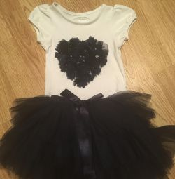 Skirt and T-shirt 2-4 years
