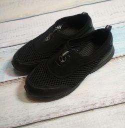 Summer lightweight sneakers 38 size