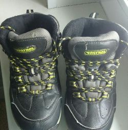 Kış spor ayakkabı 35