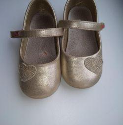 Pantofi 26p