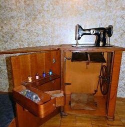 Швейная машина Textima Altenburg-Th (Германия)