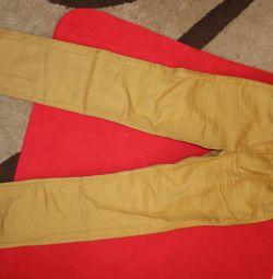 НОВЫЕ джинсы KIABI, летние, легкие. 140 см