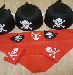 O petrecere de pirat. Atribute. Noi.
