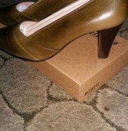 Pantofi noi BELWEST