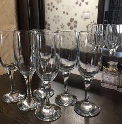 Pahare de vin (set de 6 bucăți), schimbul este posibil