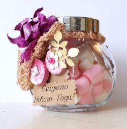 Cadou într-un borcan cu dulciuri pahar borcan cu bomboane