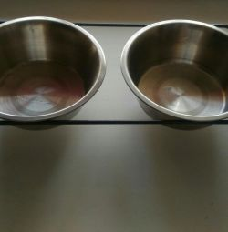 Bowls with stand
