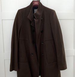 Coat Zara, s.42-44