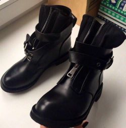 Boots spring💣