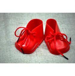 Παπούτσια για πλαστικές κούκλες